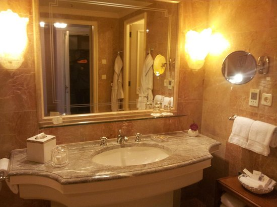 Regent Berlin: Badezimmer