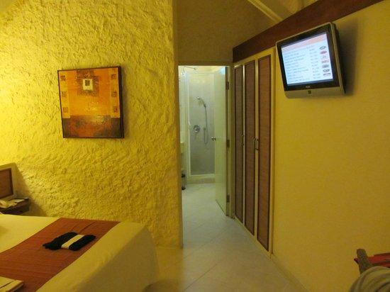 La Pirogue Resort & Spa-Mauritius: Habitación