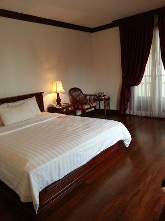 Royal Crown Hotel & Spa: Bedroom