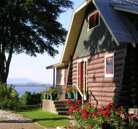 Sleeps Cabins: Perfect for large family reunions