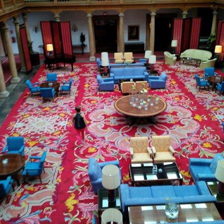 Eurostars Hotel de la Reconquista: Claustro cubierto