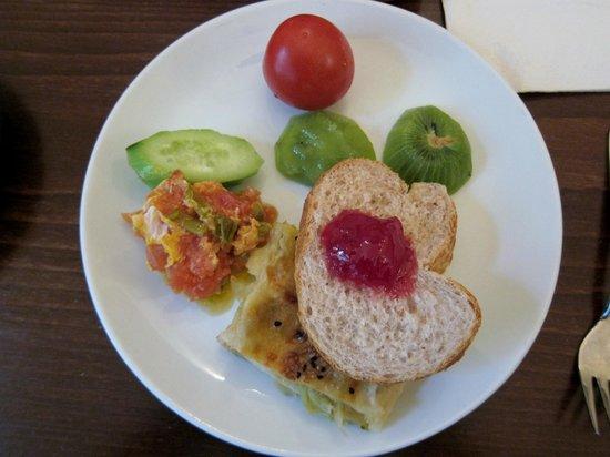 Hotel Empress Zoe : Breakfast