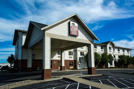 Photo of Oak Tree Inn Cheektowaga