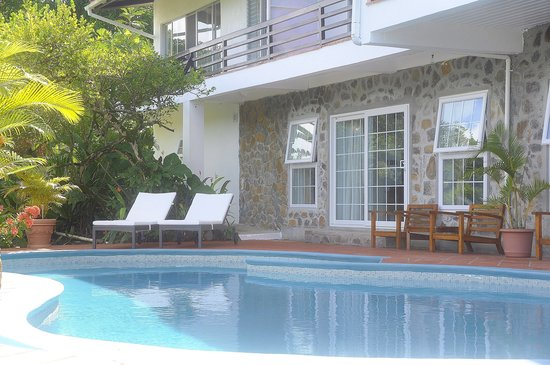Marigot Palms Luxury Caribbean Guesthouse and Apartments: The Clarance Studio entrance
