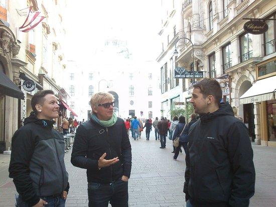 Wienguide Tours : .