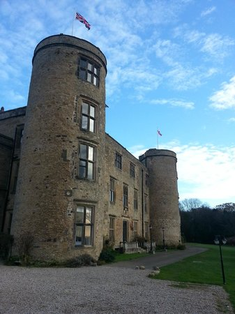 Best Western Walworth Castle Hotel: South front of hotel
