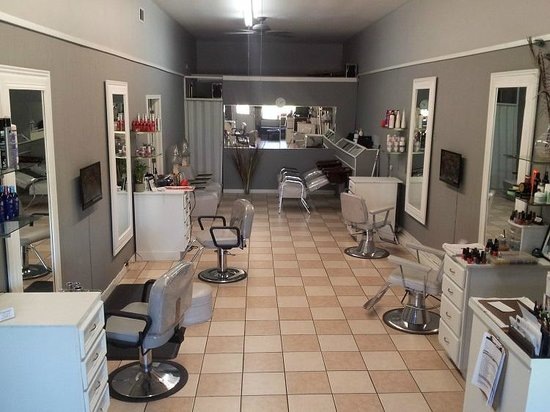 Virginia's Salon and Spa