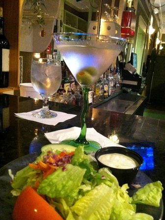Bogey's Bar & Restaurant: First things first!