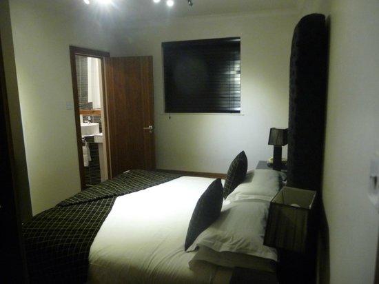 New Linden Hotel: la chambre