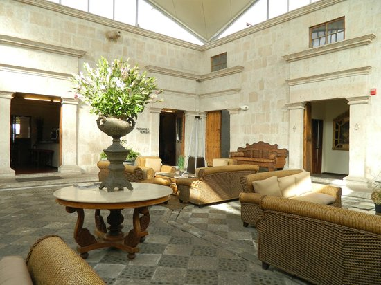 Casa Andina Premium Arequipa : Lobby Sitting Room