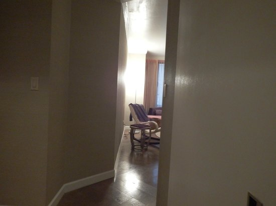 The London NYC: Between bedroom and lounge