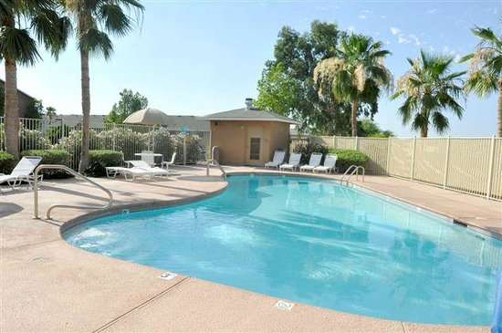 Oak Tree Inn - Yuma: Pool