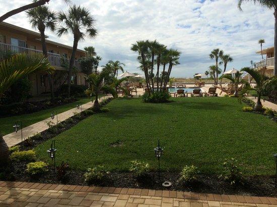 Treasure Island Ocean Club : Pool Area