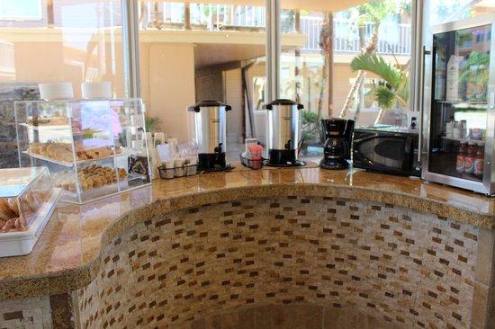 Treasure Island Ocean Club : Breakfast Display