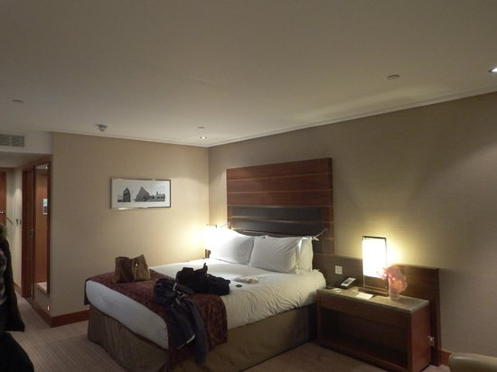 Sofitel London Heathrow : Bedroom