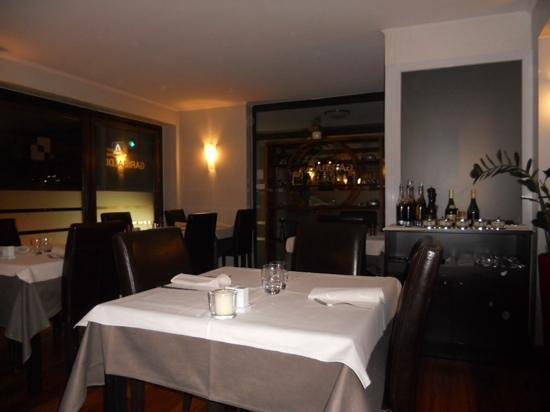 Garibaldi: Salle du restaurant.