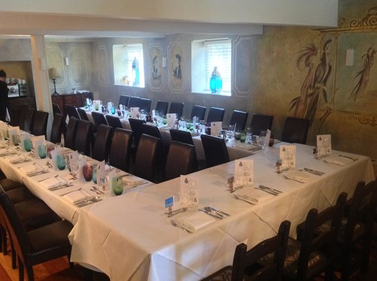 Bell House Hotel Restaurant & Bar: Perfect for a party