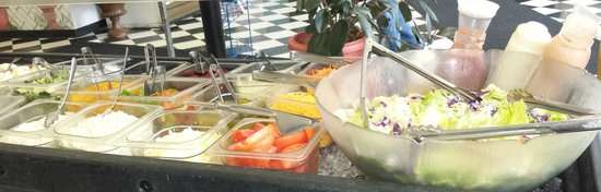 Katie's Too: Fresh Salad Bar