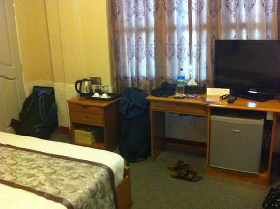 Smart Hotel: Room