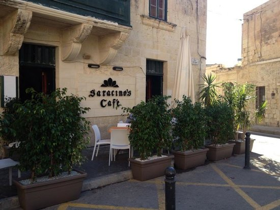 Top 6 restaurants in Attard, Malta