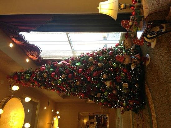 French Lick Springs Hotel: One of many xmas trees