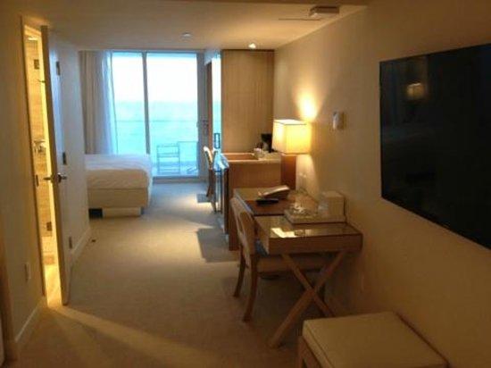 Grand Beach Hotel Surfside: Room