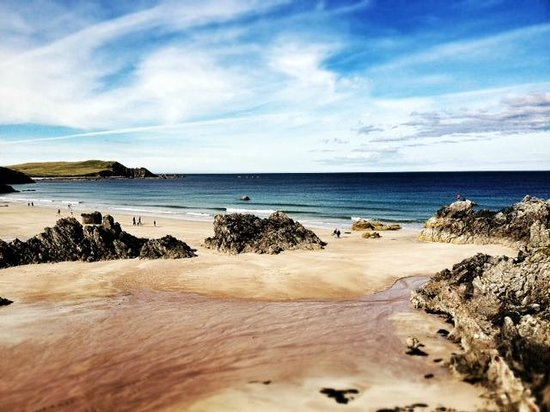 Smoo Cave Hotel: Beach in Durness