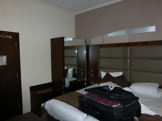 Mercure London Paddington Hotel: My room
