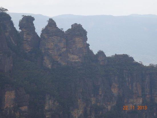 Blue Diamond Tours - Blue Mountains Day Tour: Three Sisters