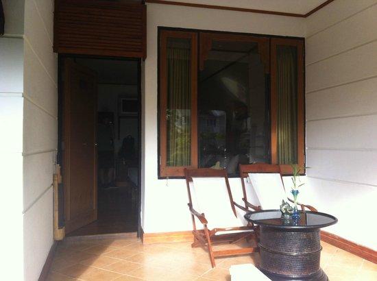 Hotel Amazing Nyaung Shwe: Patio
