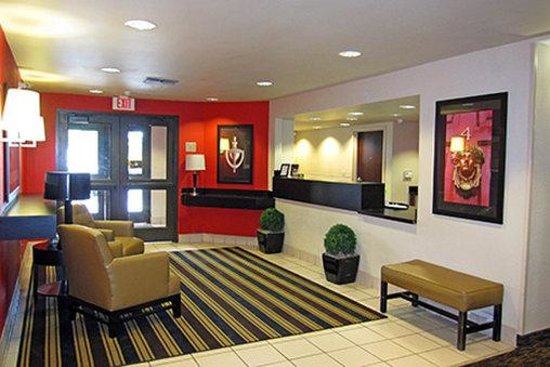 Extended Stay America - Santa Rosa - North: Lobby and Guest Check-in