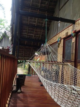 Yacuma Ecolodge: Terras van de kamers