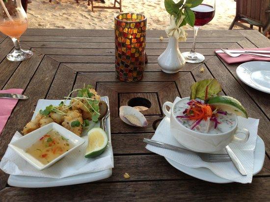 Vaima Polynesian Bar and Restaurant : Salt and pepper squid and Ika Mata appetizers