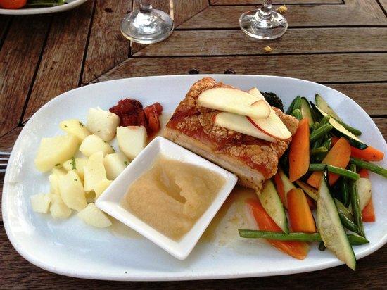 Vaima Polynesian Bar and Restaurant: Pork belly