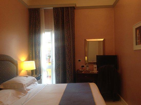 Rivoli Boutique Hotel: quarto