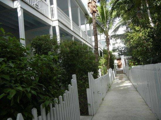 Parrot Key Hotel and Resort: Comunicacion interior