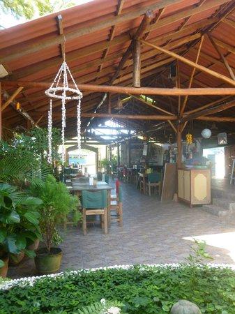 Hostal Barca de Oro: espace restaurant