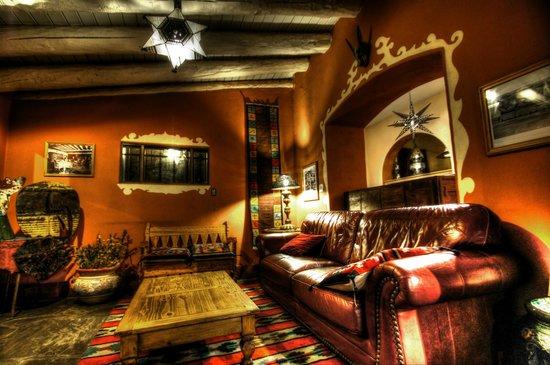 La Posada Hotel: lounge area