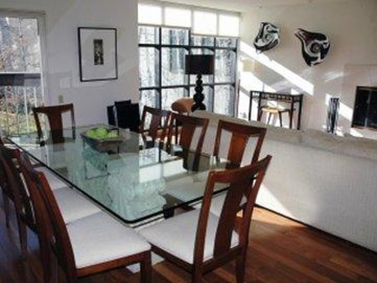 Centennial Condominiums : Diningroom Notasfancy
