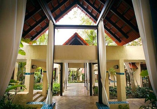 Renaissance St. Croix Carambola Beach Resort & Spa: Great House