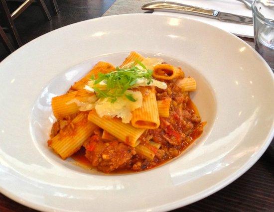 Terra Rossa Restaurant & Bar: Spicy pork pasta