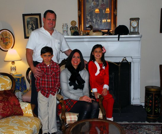 The York House Inn: Our family in the living room