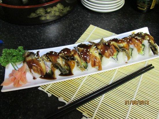 Sakura Sushi: Unagi (Eel) Norimaki Sushi