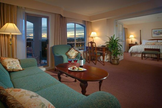Hotel Grand Pacific: One Bedroom Suite