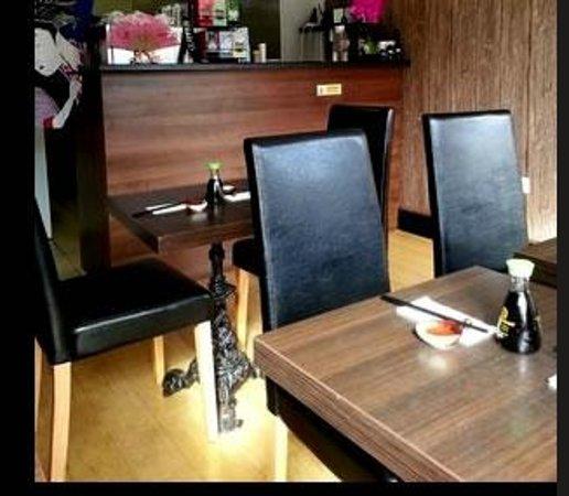 Sakura Sushi: Restaurant Interior