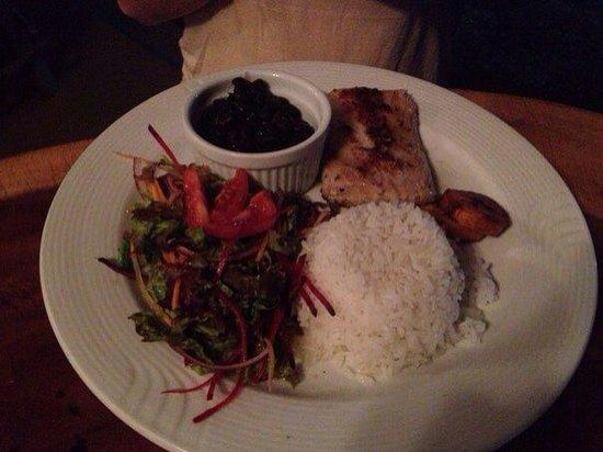 Pelican Hotel and Restaurant : Traditional Casado Fish