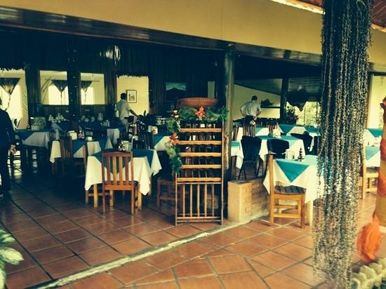 Termales del Bosque: the restaurant.