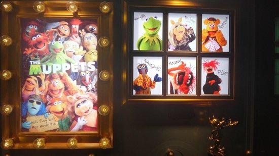 Disney's All-Star Movies Resort : Hall