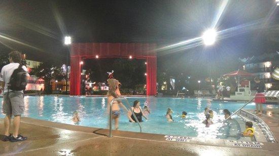 Disney's All-Star Movies Resort : Pile