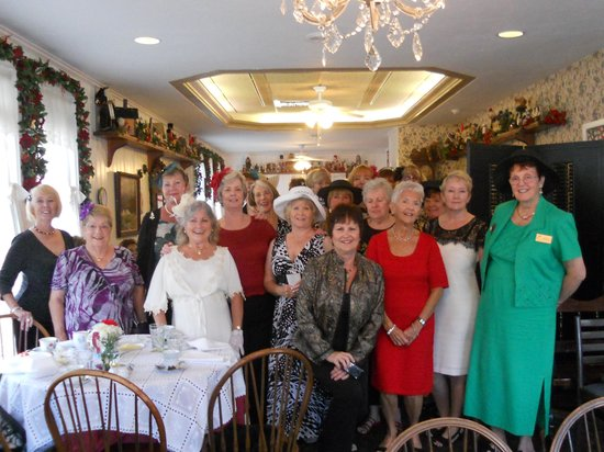 Millie's : What an elegant group - Newcomers of Venice Alumni